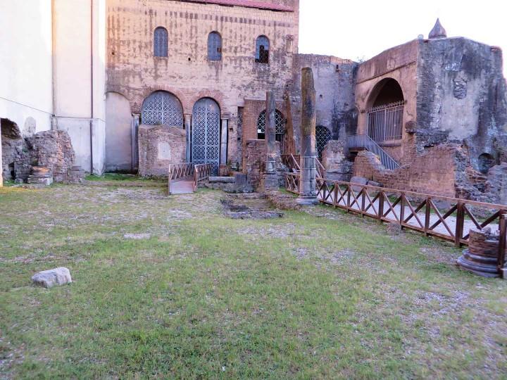 Cimiterium: Resti prima Basilica