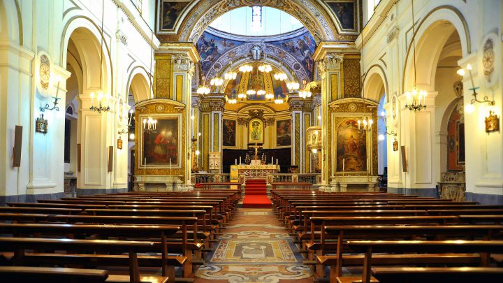 Navata Abbazia San Michele Arcangelo a Procida