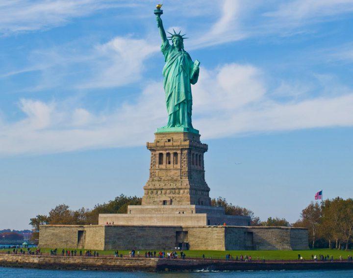 liberty island: statua della libertà