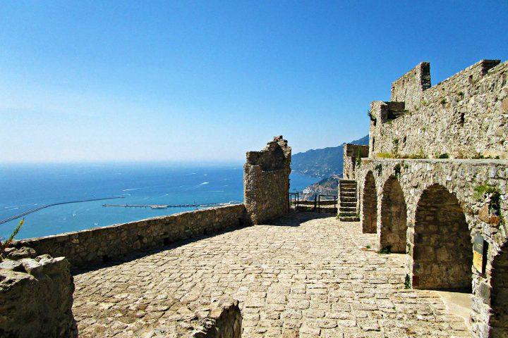 panorama castello arechi